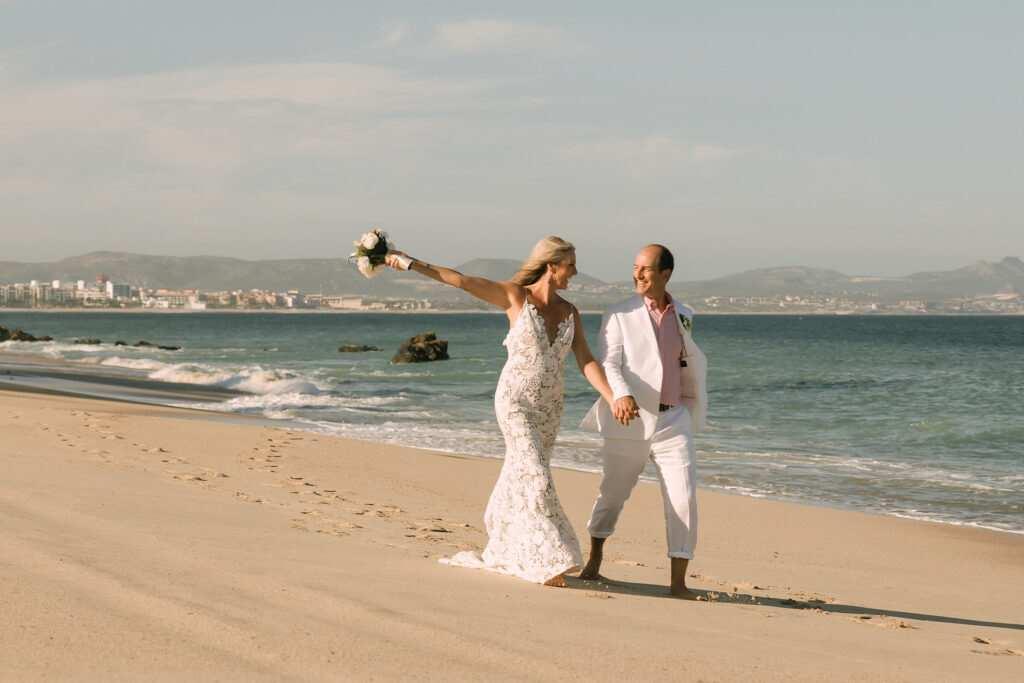 Destination wedding villa rentals in Cabo