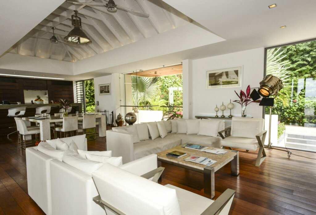Luxury rental villa in St Jean