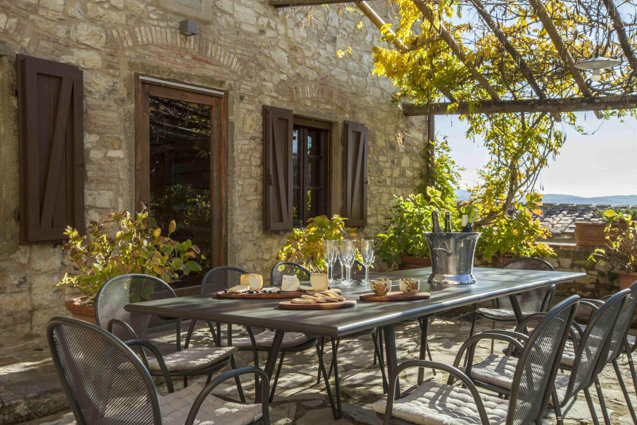 Tuscan villas for rent near Florence