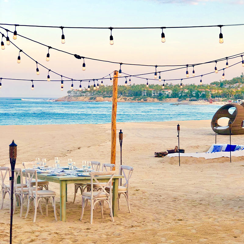 Luxury private dinner on the beach in Cabo