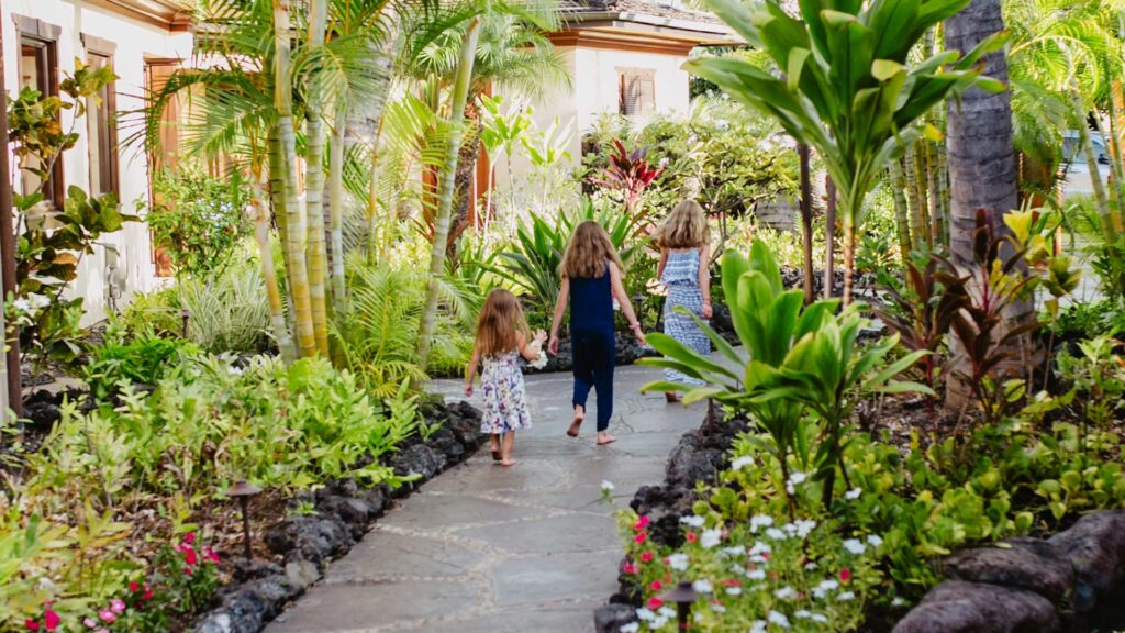 Luxury Hawaii Vacation Villas for Families