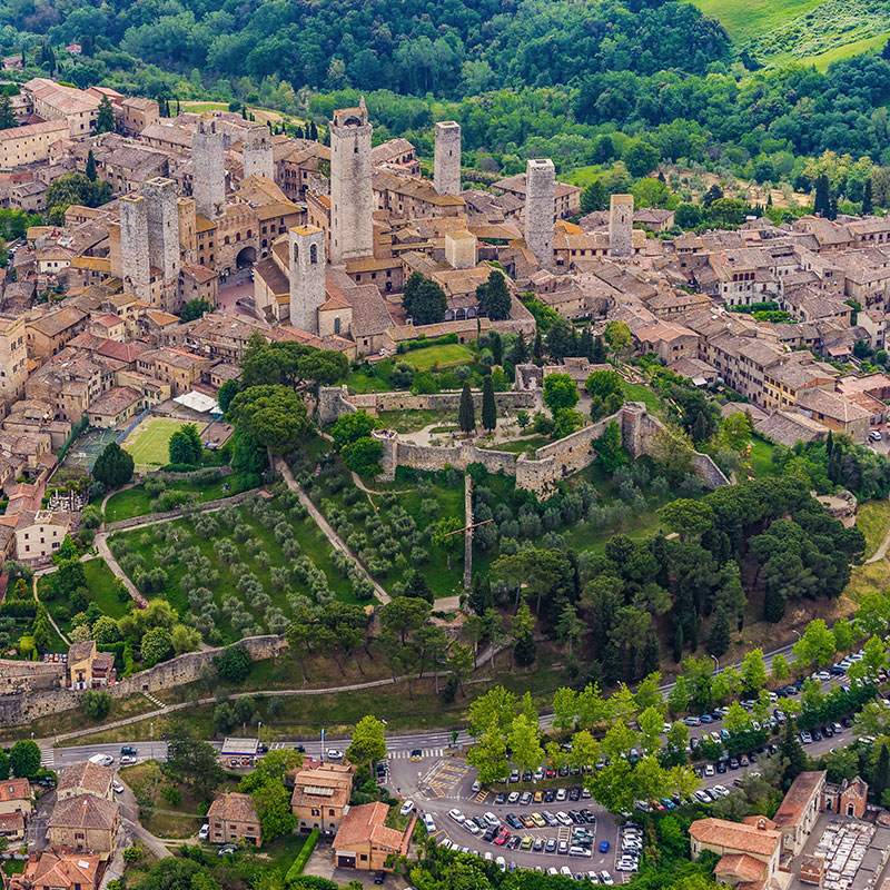 Helicopter tour in Tuscany