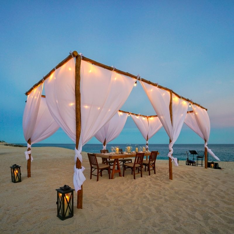 private chef dinner on the beach in Los Cabos