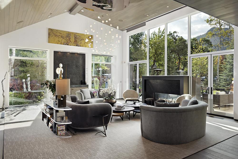 Aspen luxury mansion with fine art work