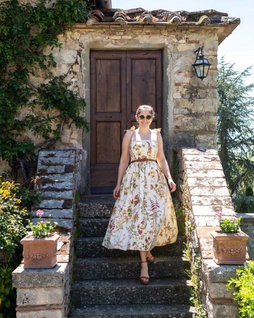 Sarah Flint look in Tuscany