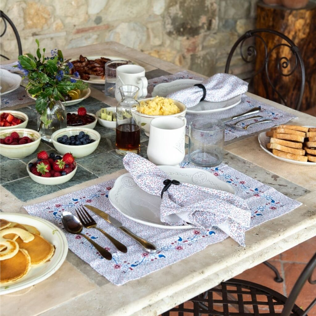 breakfast at the Tuscan Farmhouse